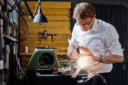 Tobias Danklefsen setzt Konzepte in professionelle und markante Designs um